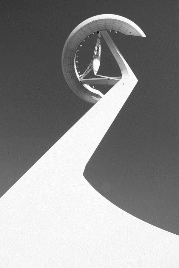 Caroljobe - Arquitectura creativa Barcelona Torre de comunicaciones de Montjuïc